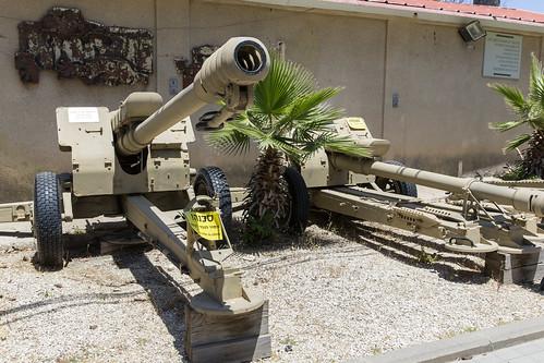 122 mm D-30