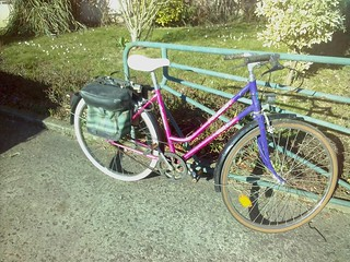 velo femme peugeot avec sacoches 40€ | by Chti Muco