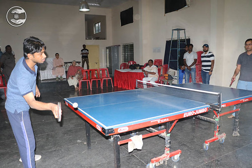 Devotees playing Table Tanis