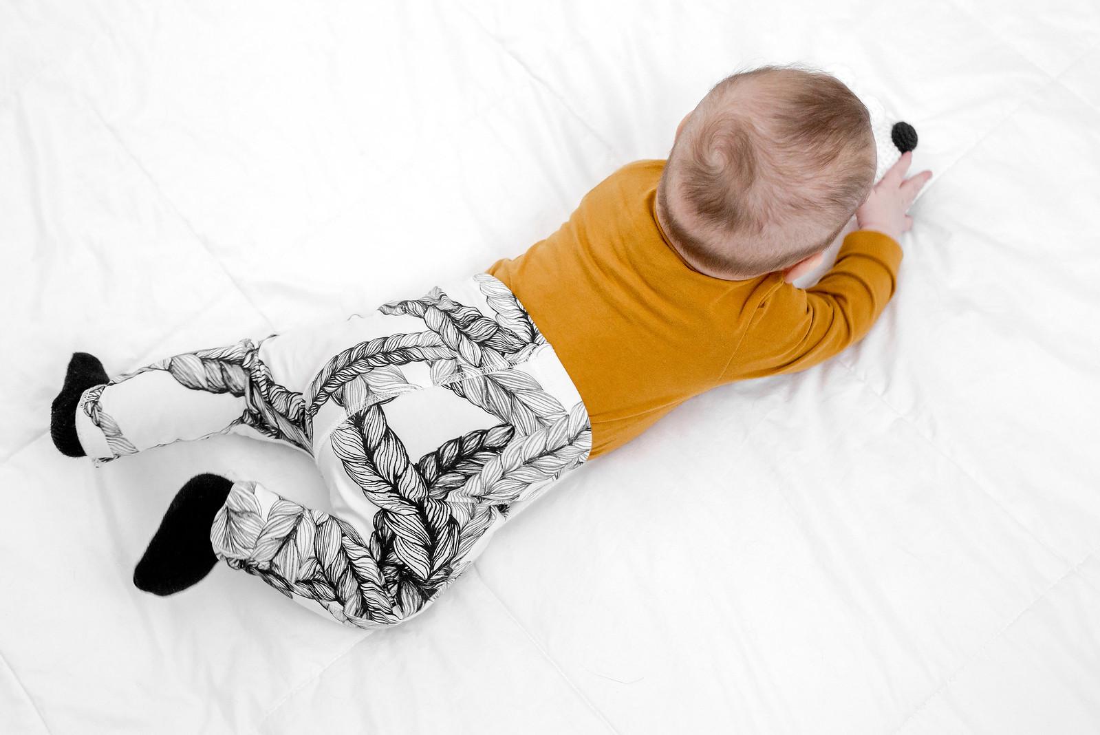 vauva viisi kuukautta