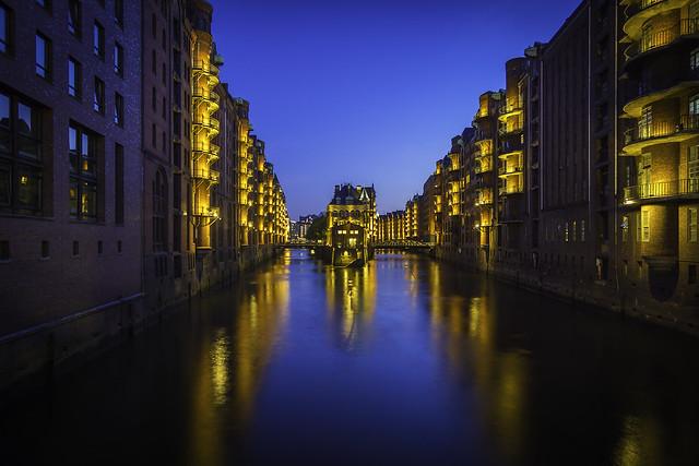 Hamburg Speicherstadt (Blaue Stunde)