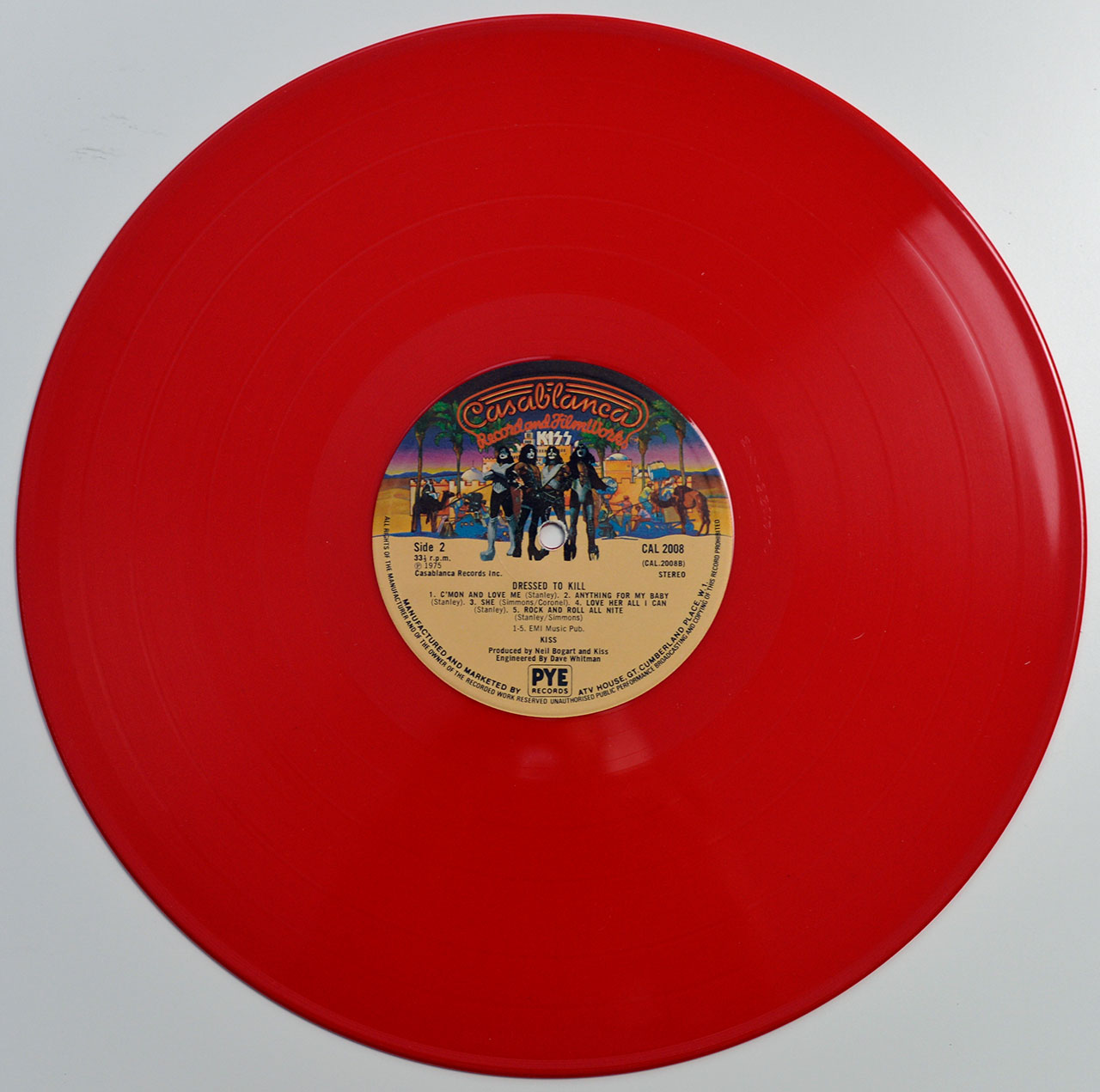 A0739 KISS Dressed To Kill (Red Vinyl)