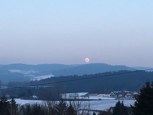 Moon 20.01.2019