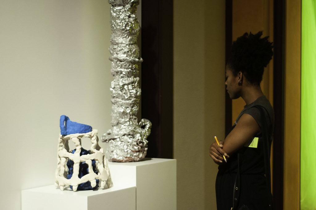 Art students visited the Carnegie Museum of Art in Pittsburgh with Visiting Critic Linda Norden.  photo / Jenna Houston