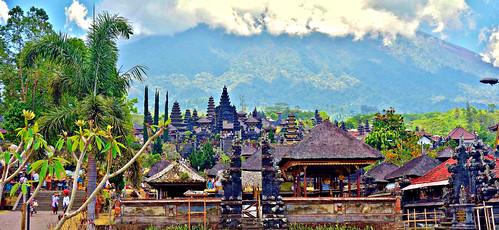 INDONESIEN, Bali , Rund um den Muttertempel  Pura Besakih an der Flanke des Vulkans Agung (3142 m ) , 17975/11202