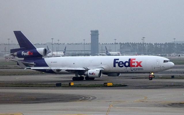 FedEx McDonnell Douglas MD-11 N596FE
