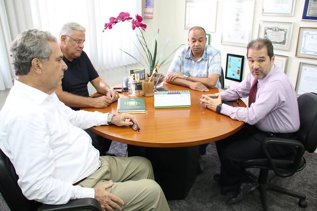 Secretário Eduardo Lopes se reúne com presidente da Federação de Agricultura