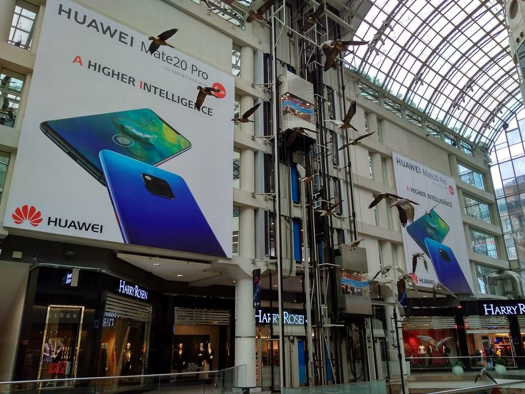 Huawei at Toronto Eaton Centre
