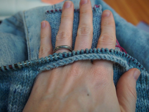 knitting in the pocket as I go