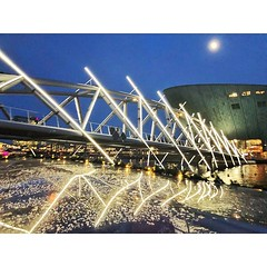 The Mr. J.J. van der Veldebrug #bridge was designed to obstruct the #view of the surrounding #buildings as little as possible, consisting entirely of #triangles. As part of this year's @amsterdamlightfestival, #Dutch #artist Peter Vink used #light to #hig