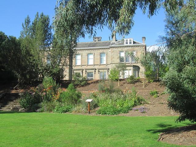 house Dundee Botanic Gardens