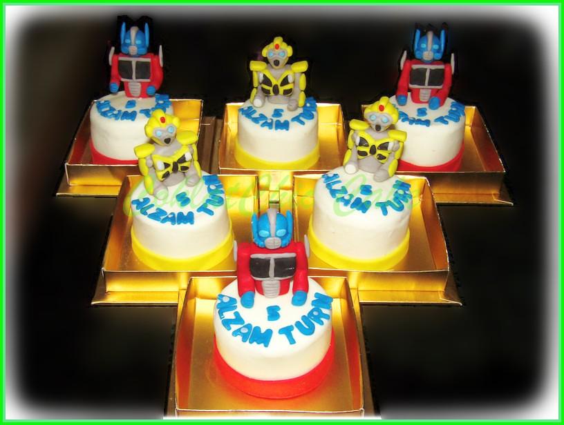 Minicake Transformers