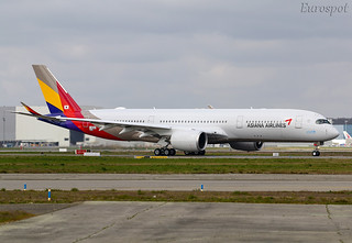 F-WZNT Airbus A350 Asiana
