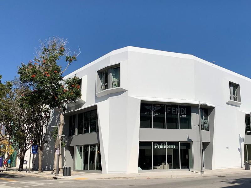 Poliform a Building Mismi Design District