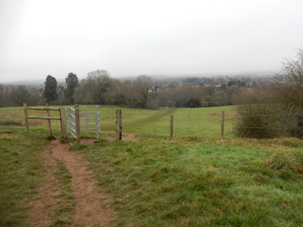 Descent into Westerham Edenbridge to Westerham
