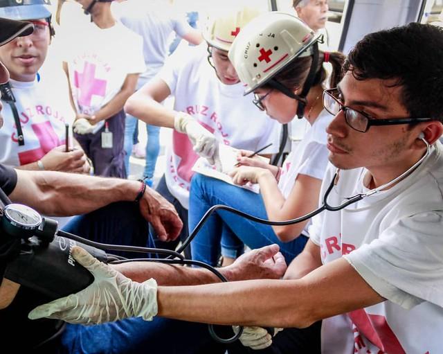 Cruz Vermelha distribuirá remédios e geradores elétricos para hospitais na Venezuela