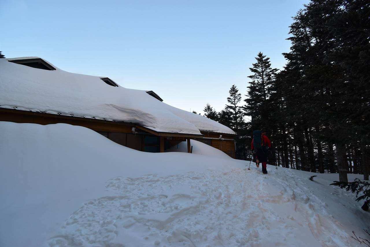 三伏峠小屋から下山