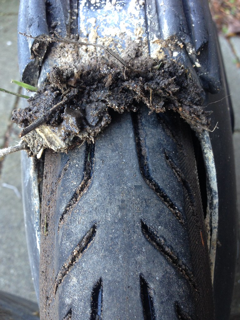 Mud in wheel cavity