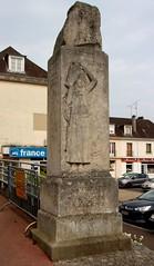 Neufchâtel-en-Bray - Monument au Baron d'Haussez