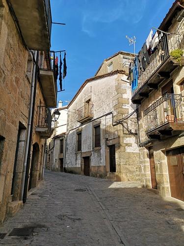 calle y casas Villamiel Sierra de Gata Caceres 03