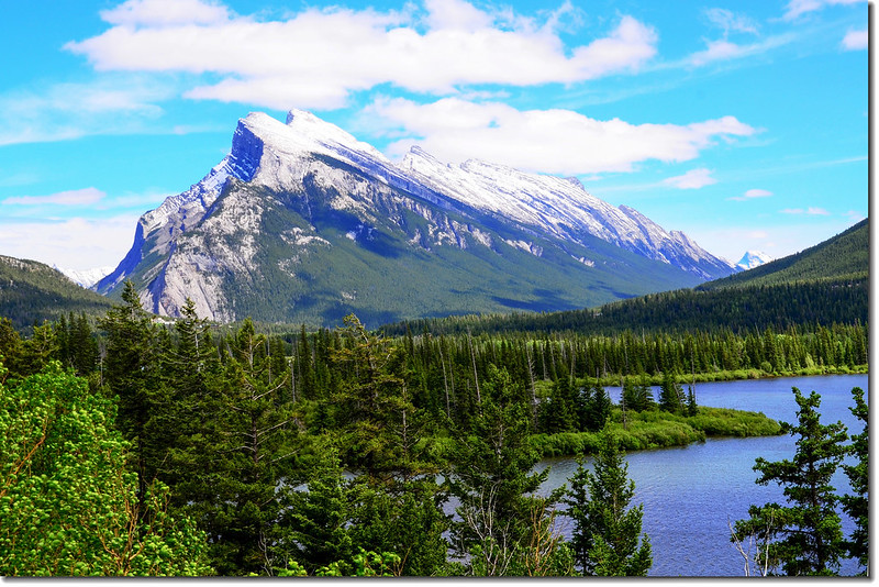 Mount Rundle from AB-93 Hwy 1