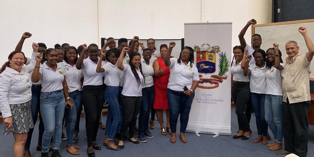 Estudiantes de San Vicente y las Granadinas conocen vigencia del Discurso de Angostura en el contexto del Caribe Anglosajón