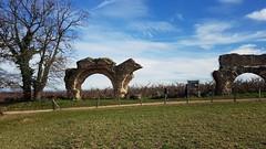 Campagne lyonnaise - l'acqueduc romain du Gier - Photo of Taluyers