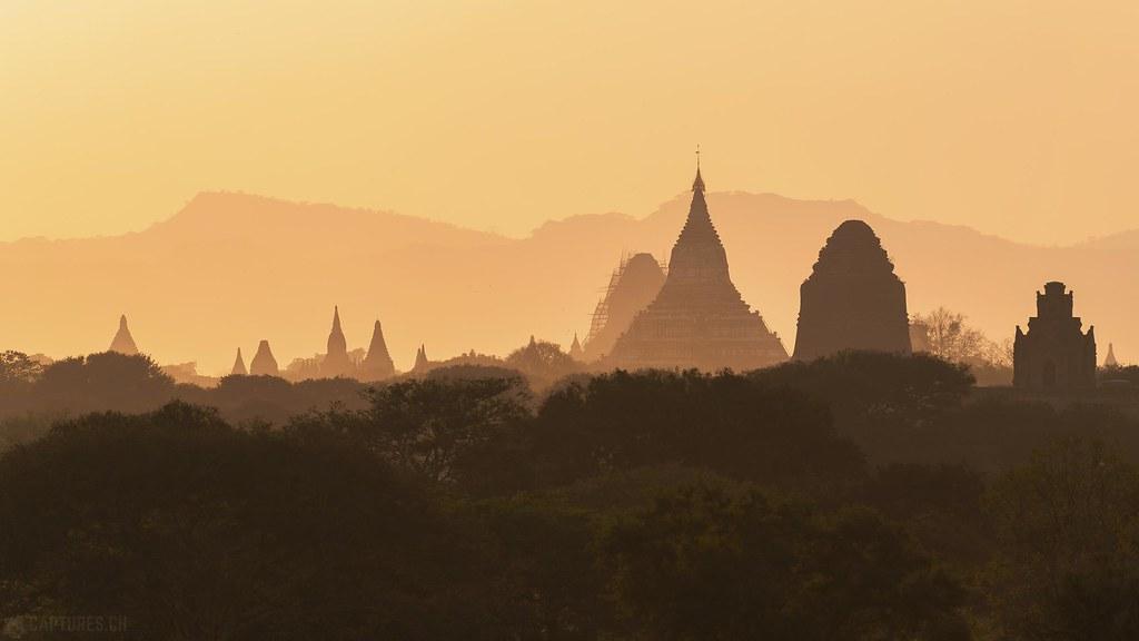 Silhouettes of old Bagan - Bagan