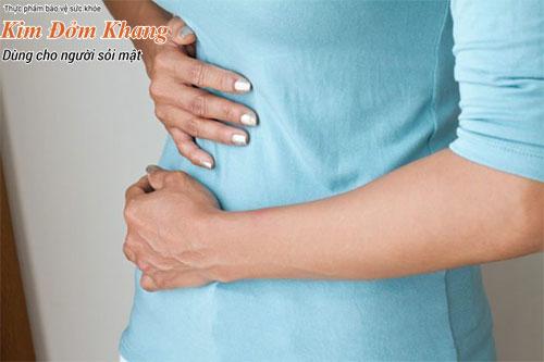 Sỏi mật thường gây nên những cơn đau bụng hạ sườn phải