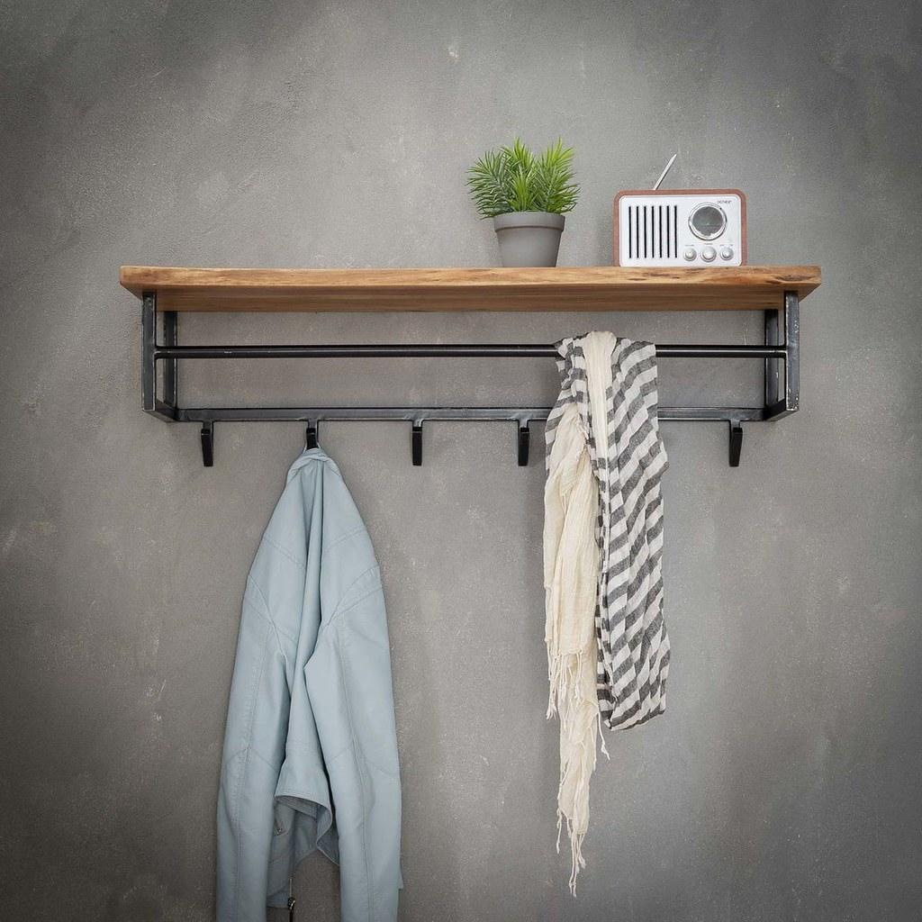 Kệ treo quần áo gắn tường GHZ-779 khung sắt có đợt gỗ siêu đẹp ai cũng thích
