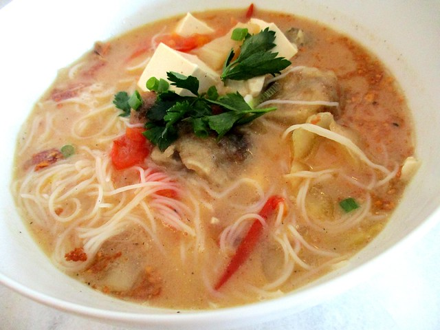 Fish & preserved vegetables bihun