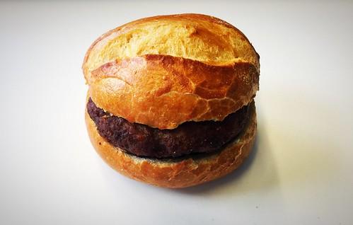 Meatball bun / Fleischpflanzerlsemmel