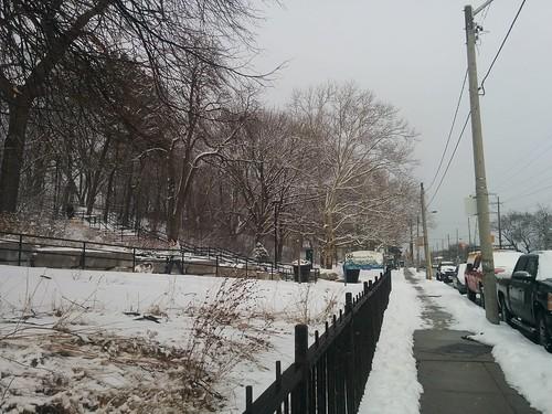 Entering Earlscourt Park #toronto #earlscourtpark #davenportroad #caledoniaroad #white #winter #snow