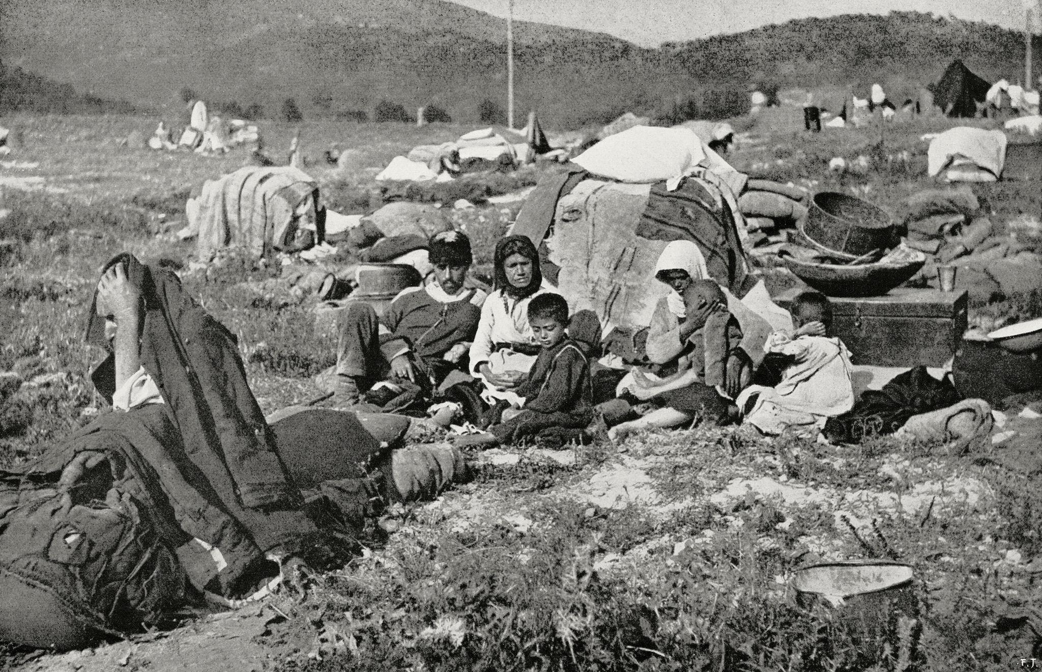 Лагерь беженцев под Новороссийском
