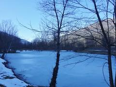 Le lac a gelé