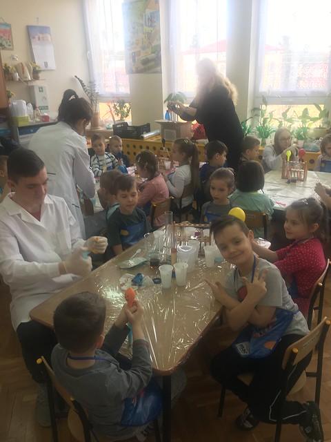 pokazy w Przedszkolu Samorządowym nr 5 w Tomaszowie Lubelskim