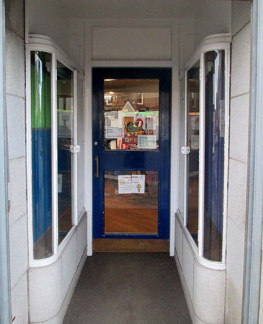 Art Deco Shop Entrance,Stonehaven