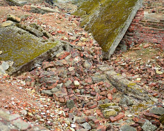 Ruinas de Auschwitz-Birkenau derruidas por los nazi a la llegada Aliada