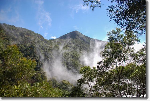 登山小徑窺南湖呂 2