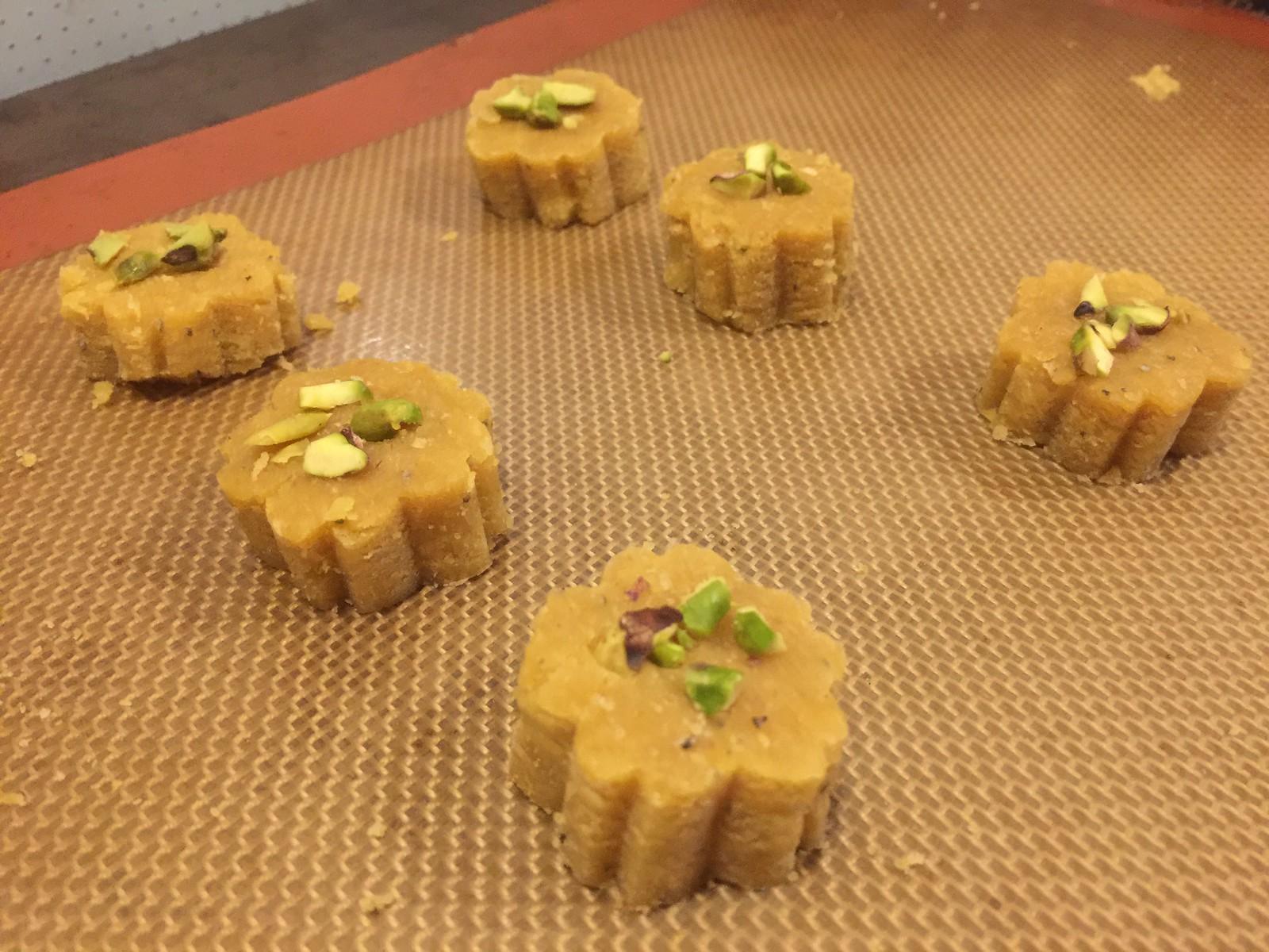 Persian Chickpea Shortbread Cookies for Noruz