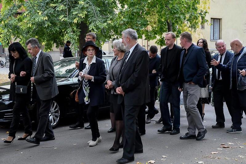 Szeretteitől búcsúzik. Dr. Lyavinecz Antal temetése