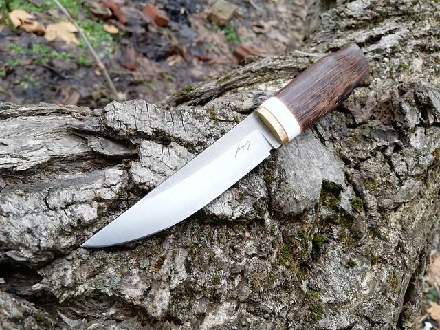 122. Hunting knife II version #17