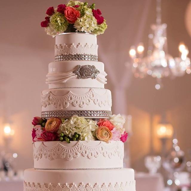 Cake by I Do Cakes