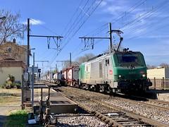 BB 27072 et autoroute ferroviaire