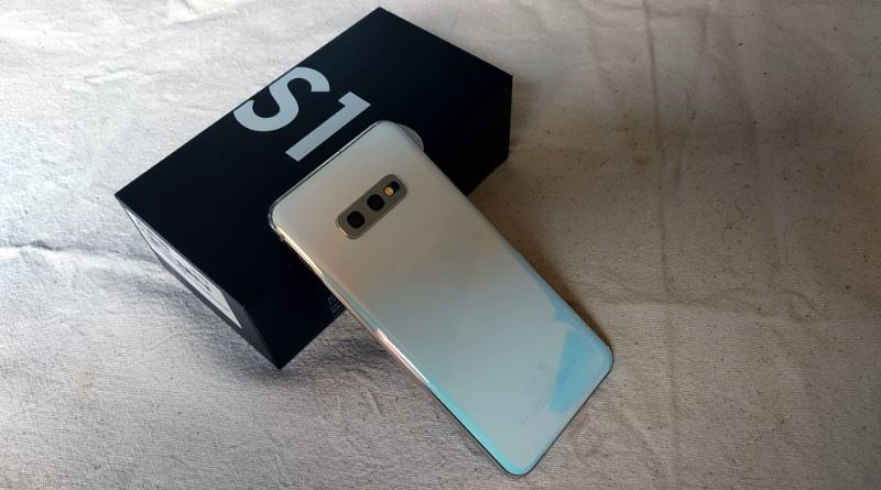 Samsung Galaxy S10e - Phone pics