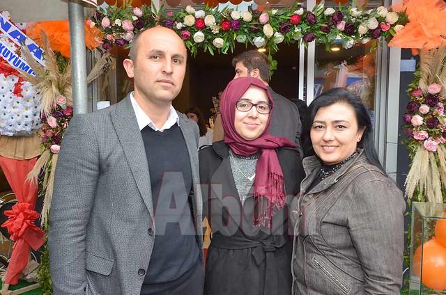 Zeki Atalay, Mine Atalay, Elif Nur Yüksek.