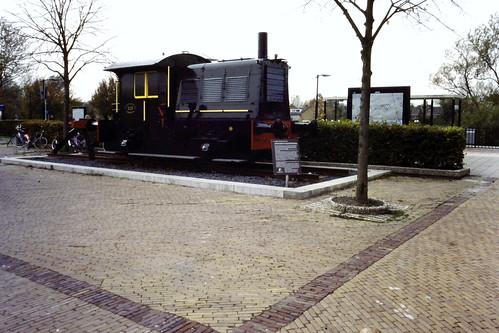 NL -- (NS) sik 323)