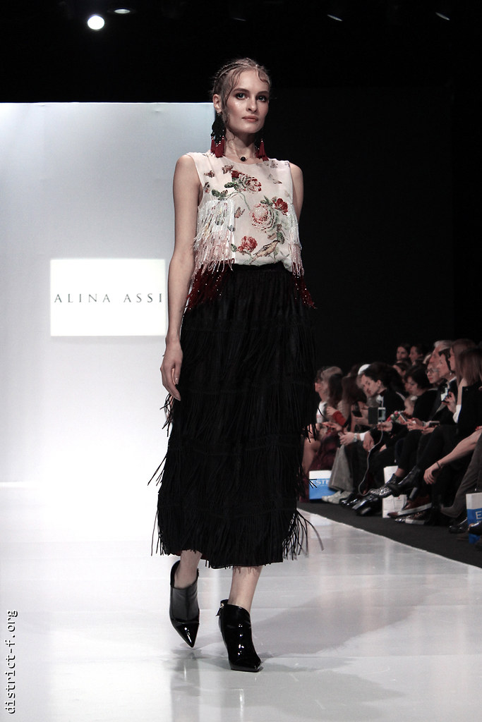 DISTRICT F - MFW SS18 - MOSCOW FASHION WEEK - ALINA ASSI yky7