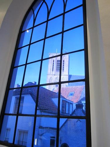 Uitzicht uit de synagoge