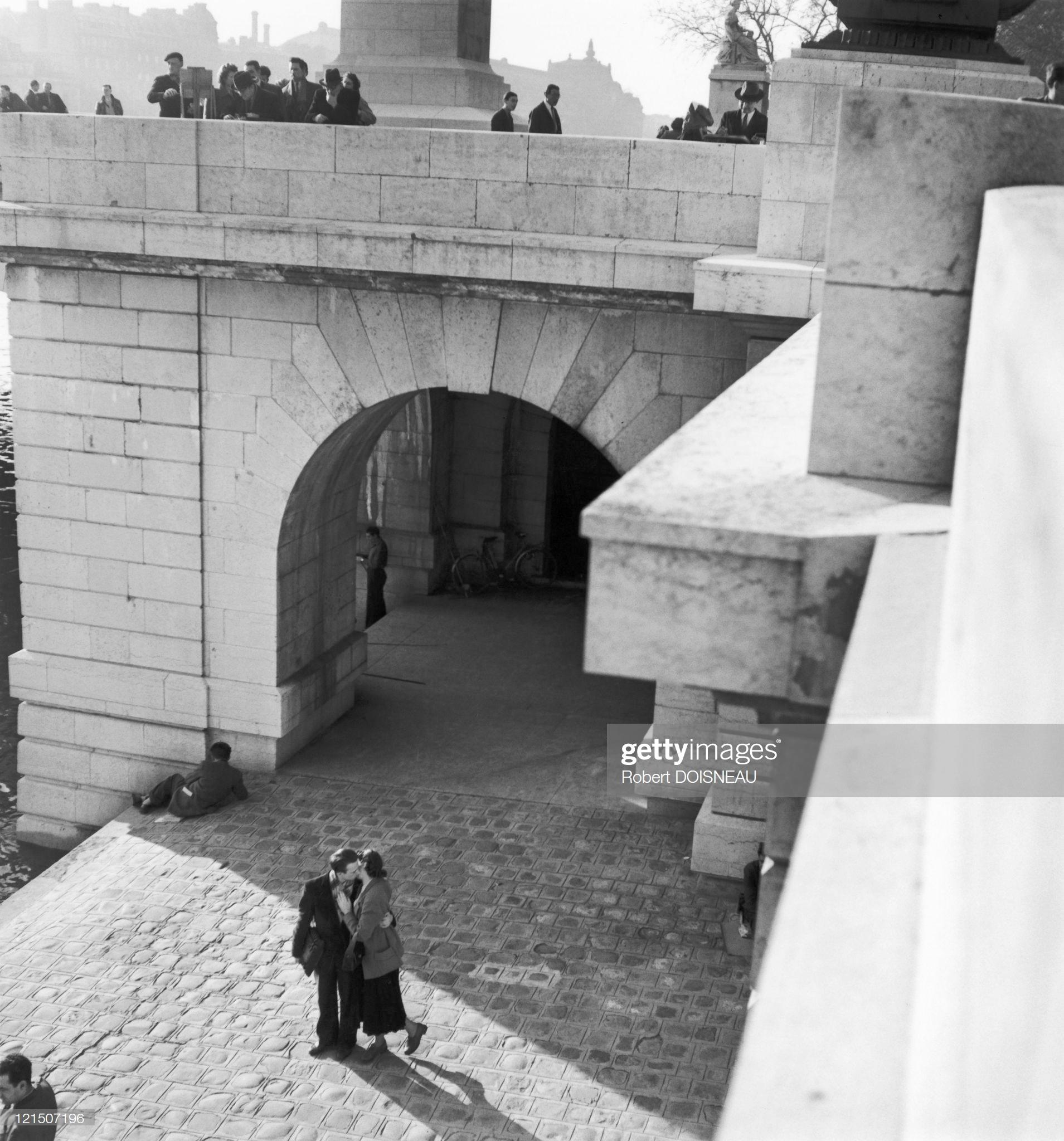 1950. Влюбленные в Пор де ла Турнель в Париже